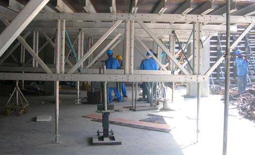 Aluminum Table Form System - Lowering of Truss